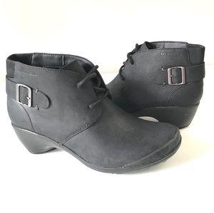 Merrell Veranda tie black leather ankle bootie 6.5